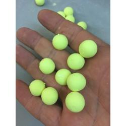 helium neutre jaune pale